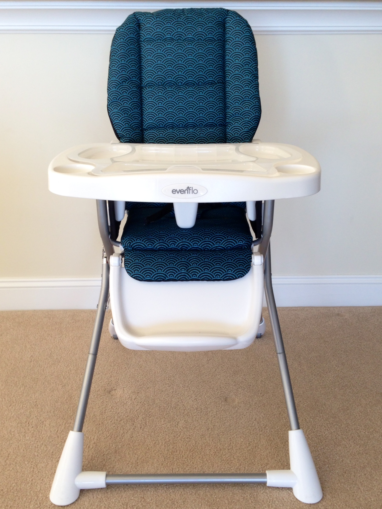 High Chair W Removable Tray And Belts At Vacation Comfort